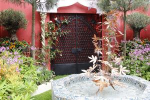 Brama w stylu orientalnym