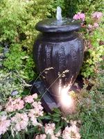 Jedno ostre światło spowoduje ostre cienie bezpośrednio na obiekcie
