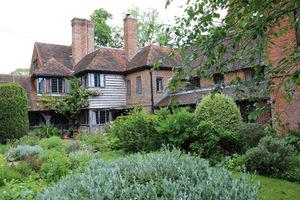 Historia Vann sięga XII wieku, natomiast dom został zbudowany w XVI wieku