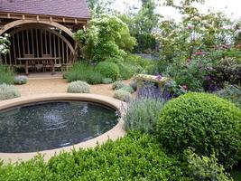 Zadbany ogród to zasługa jego właściciela