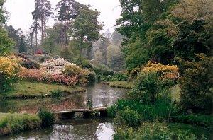 Leonardslee to dolina rododendronów